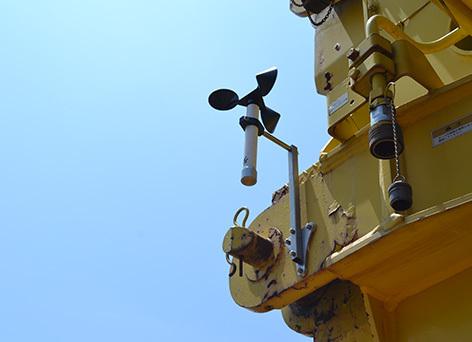 Wireless Anemometer Sensor on Mobile Crane